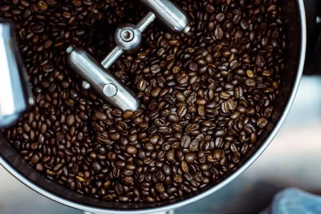 为什么生咖啡豆没什么味道,烘焙后却那么香?